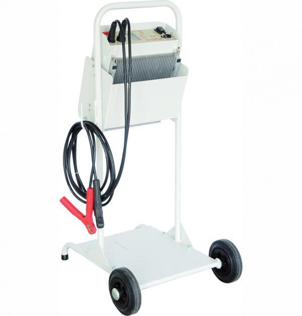 Batterietechnik Ladewagen mit Kabel